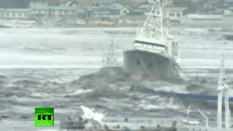 Thumbnail for entry Video of mad tsunami waves battering ships, homes, cars after Japan earthquake