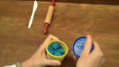 Thumbnail for entry How to play with Play Dough