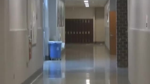 Thumbnail for entry School Linebacker