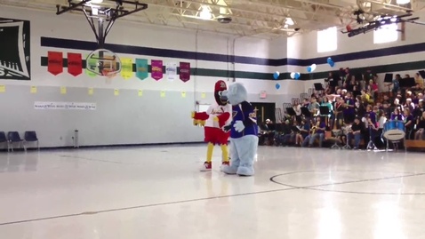 Thumbnail for entry Fredbird and Louie Cheer with the Spirit Team