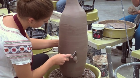 Thumbnail for entry Club Mud - A Ceramics Club at Ladue