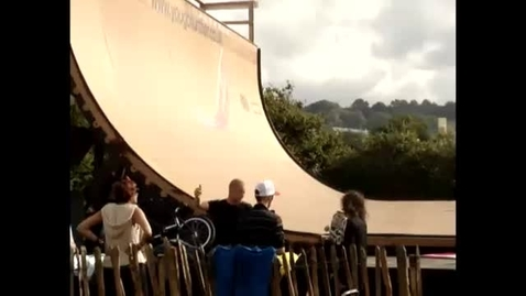 Thumbnail for entry skateboard