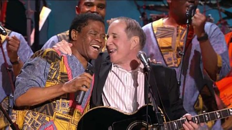 "Thumbnail for entry Paul Simon and Ladysmith Black Mambazo - ""Diamonds On The Soles Of Her Shoes"" (4/6) HD"
