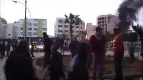 Thumbnail for entry Gunfire in Libyan town (probably Benghazi)
