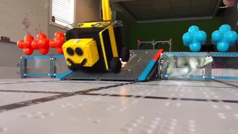 Thumbnail for entry Vex IQ Crossover-The Bee