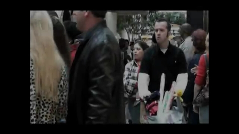 Thumbnail for entry Christmas Flash Mob