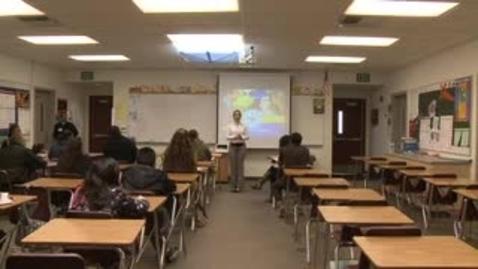 Thumbnail for entry Apoyando el aprovechamiento académico de los adolescents a través de sus cambios