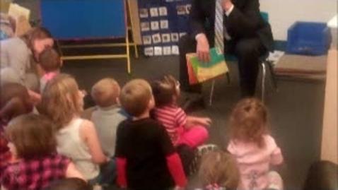 Thumbnail for entry Mr. Hunt visits preschool