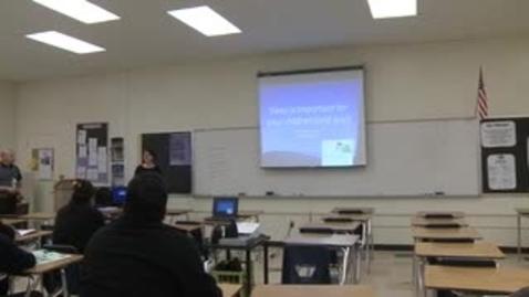 Thumbnail for entry Aumentando la taza de graducación del Colegio de Riverside