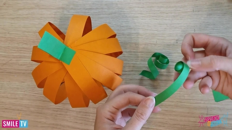Thumbnail for entry Paper Pumpkin Decorations