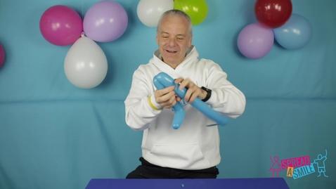 Thumbnail for entry Making a Dinosaur Balloon