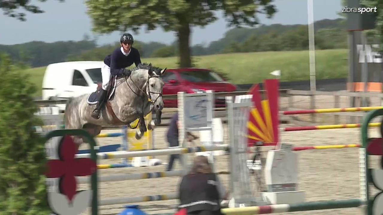 LB1* 105cm B4 at Riders Cup outdoor jumping event 2018