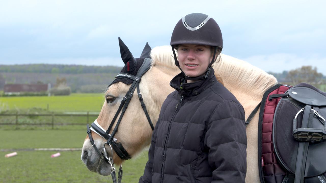 Vis Mig Din Pony: Nadia og Trud