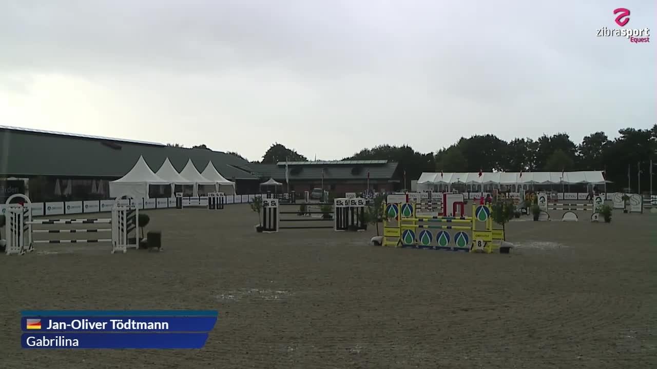 LA2** Jumping Horses (120 cm) B5