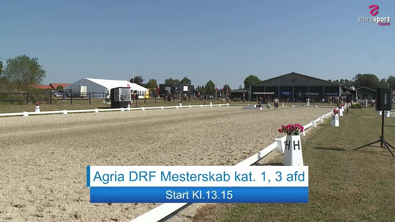 Prize giving Agria DRF championships in dressage cat. 3 and 2