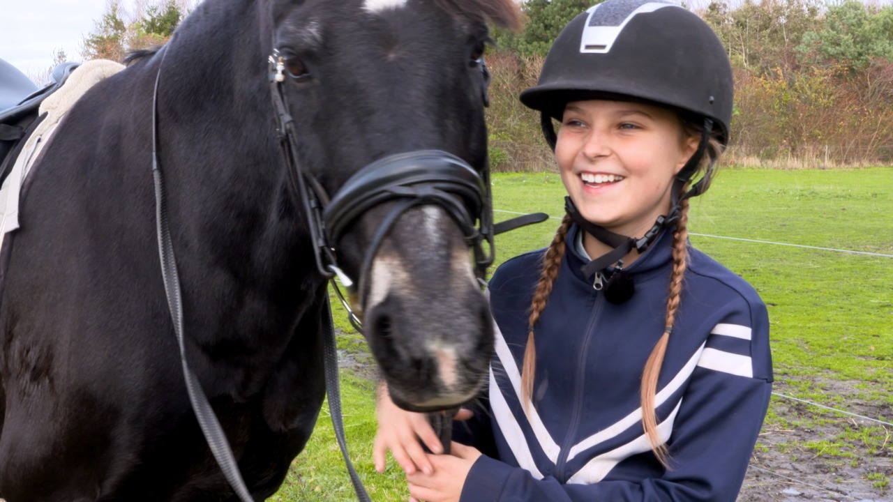 Show Us Your Pony: Malou and Valhallas Imperial