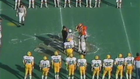Thumbnail for entry University of Oregon vs. Oregon State University football, November 15, 1980