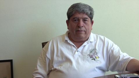 Thumbnail for entry Una entrevista oral con Manuel Flores / An oral history interview with Manuel Flores