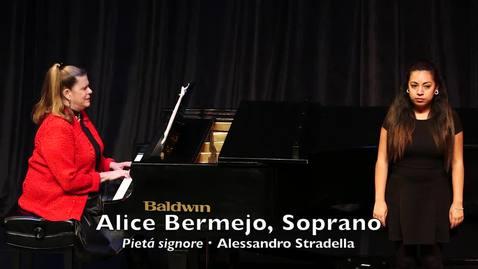 Thumbnail for entry Alice Bermejo, Soprano