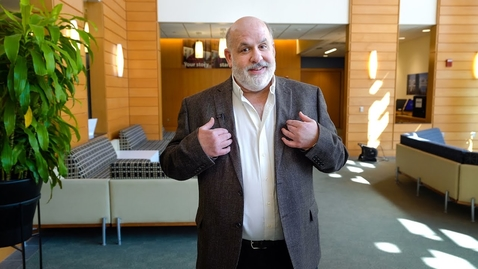 Thumbnail for entry The Paul Experience with Associate Dean Neil Niman