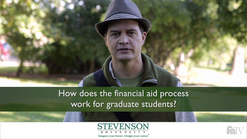 How does the financial aid process work for graduate students?