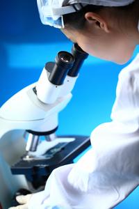 What Does a Pathologist Do? | University of Utah Health