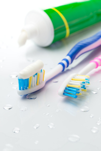 Are There Benefits to Using Fluoride-Free Toothpaste